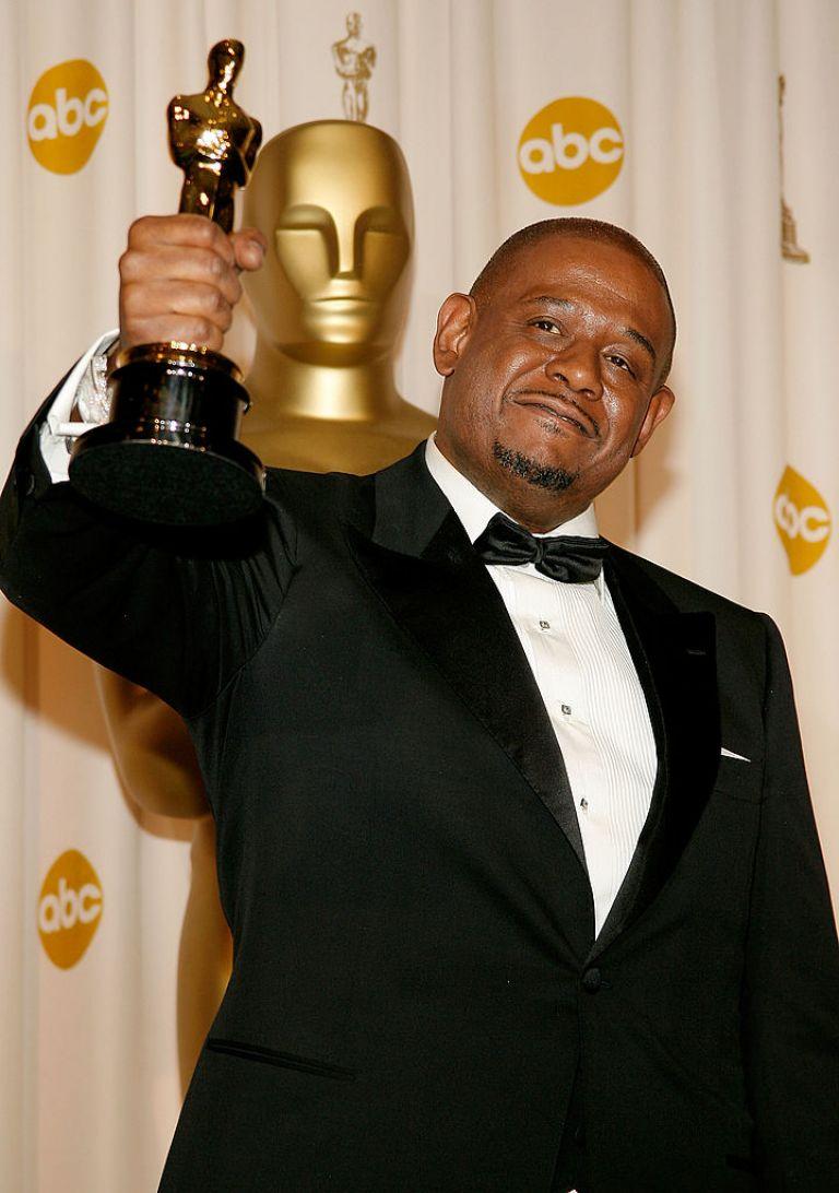 """Форест с награда """"Оскар"""" за най-добра мъжка роля в """"Последният крал на Шотландия"""" през 2007 г."""