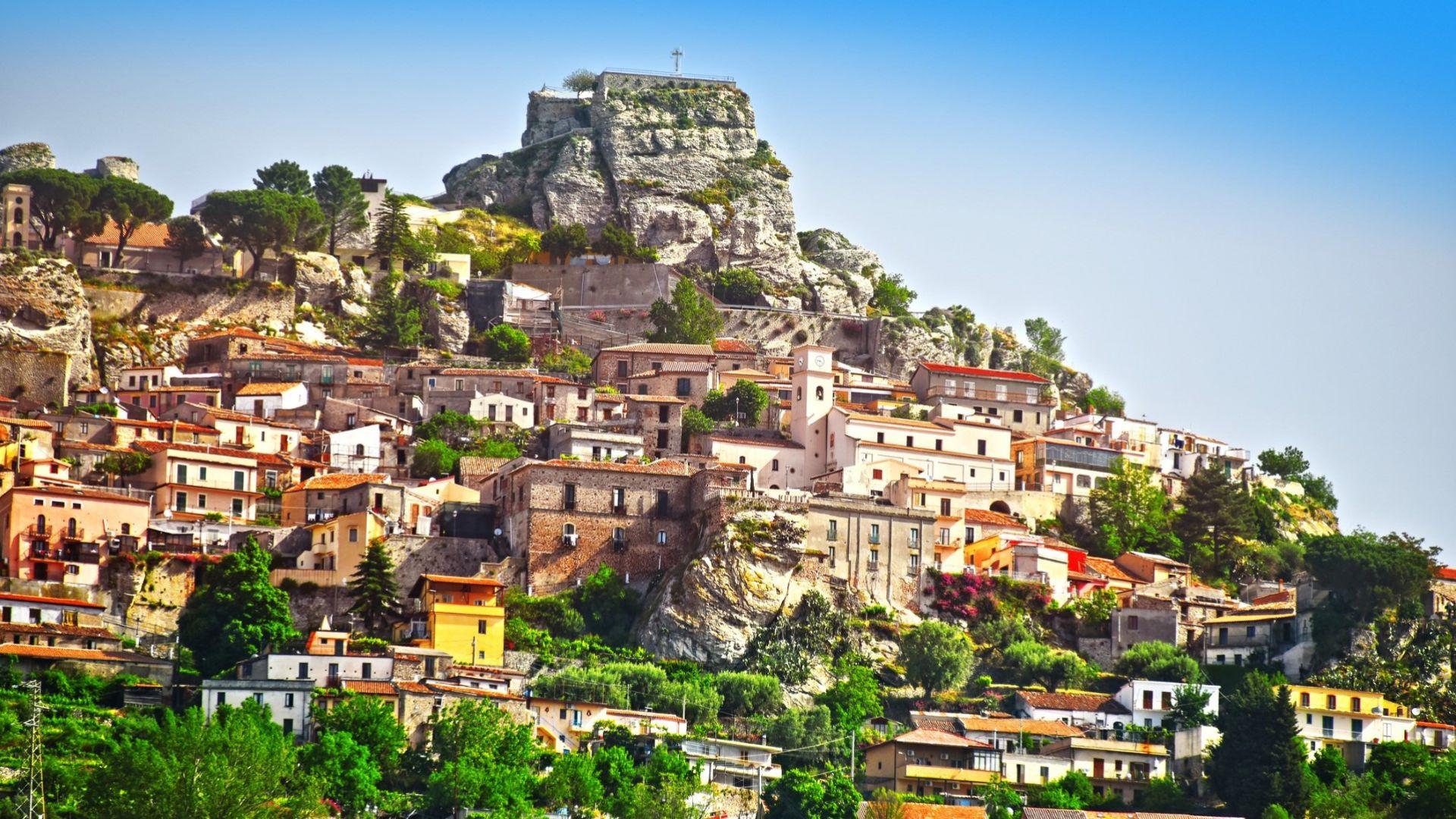 Тези 9 италиански села ще ви платят 28 000 евро да се преместите в тях