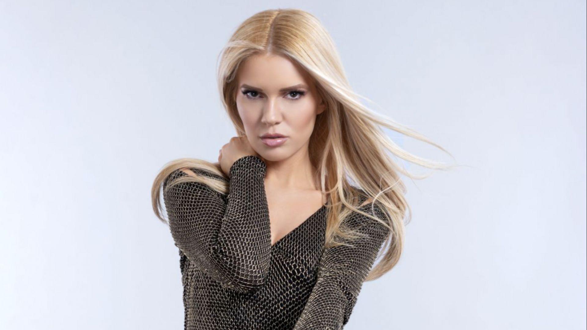 Нели Петкова издаде албум, записан в България и САЩ