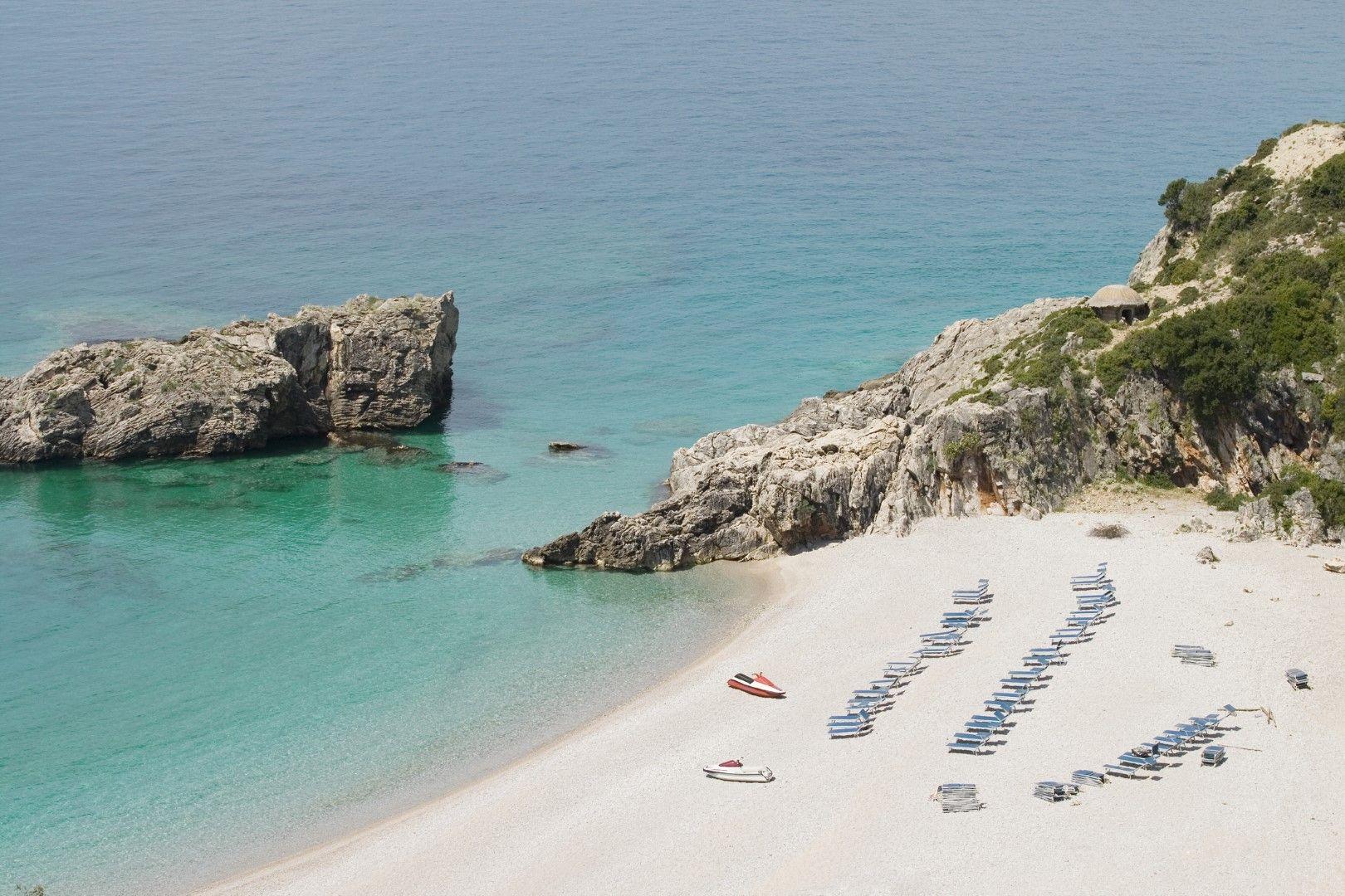 Плаж Яла, Албания