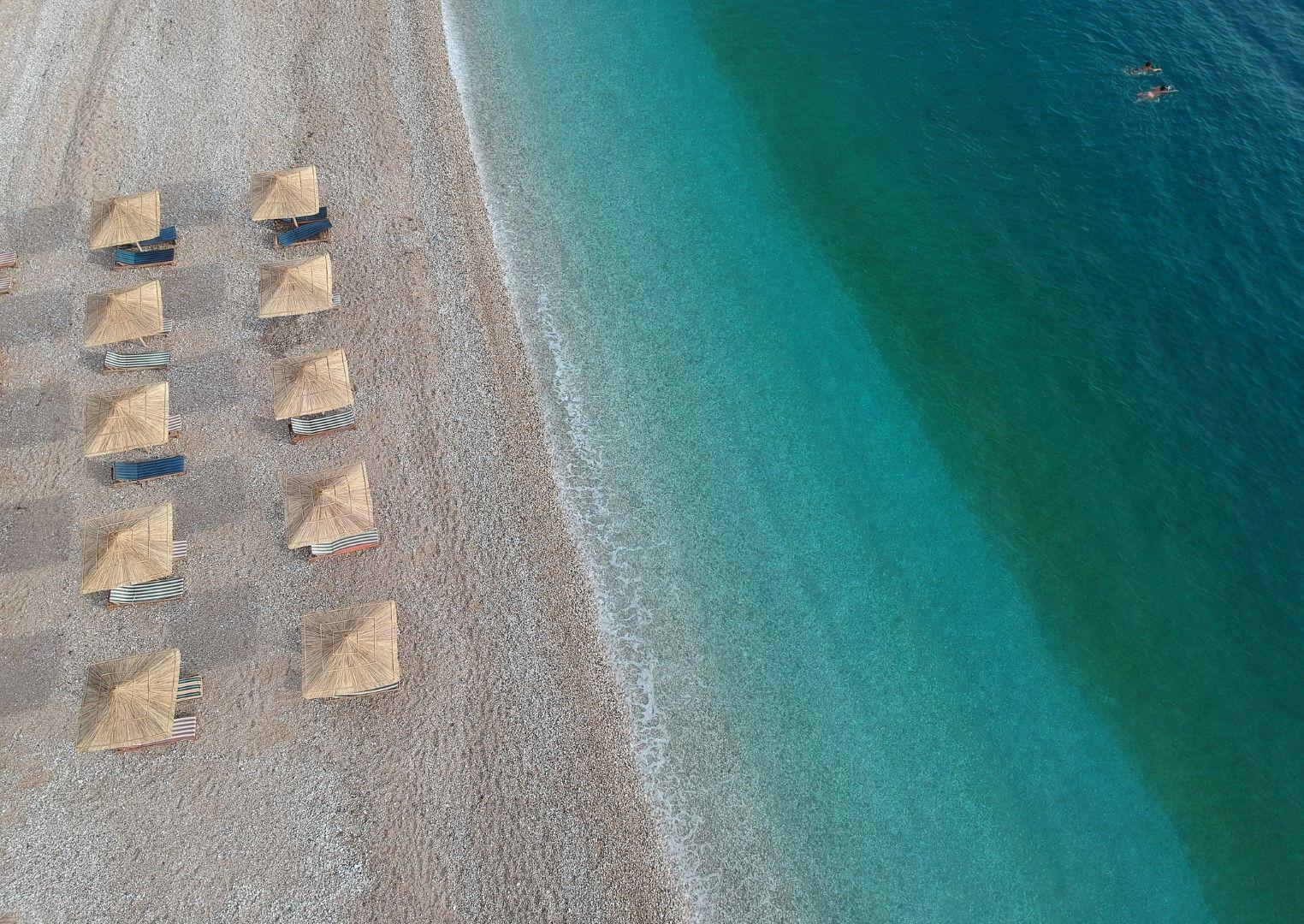 Плаж Потами край Химара, Албания