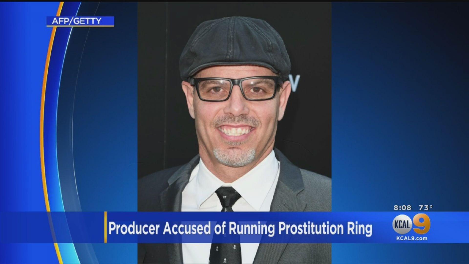 Филмов продуцент в САЩ беше обвинен, че ръководи международна мрежа за проституция