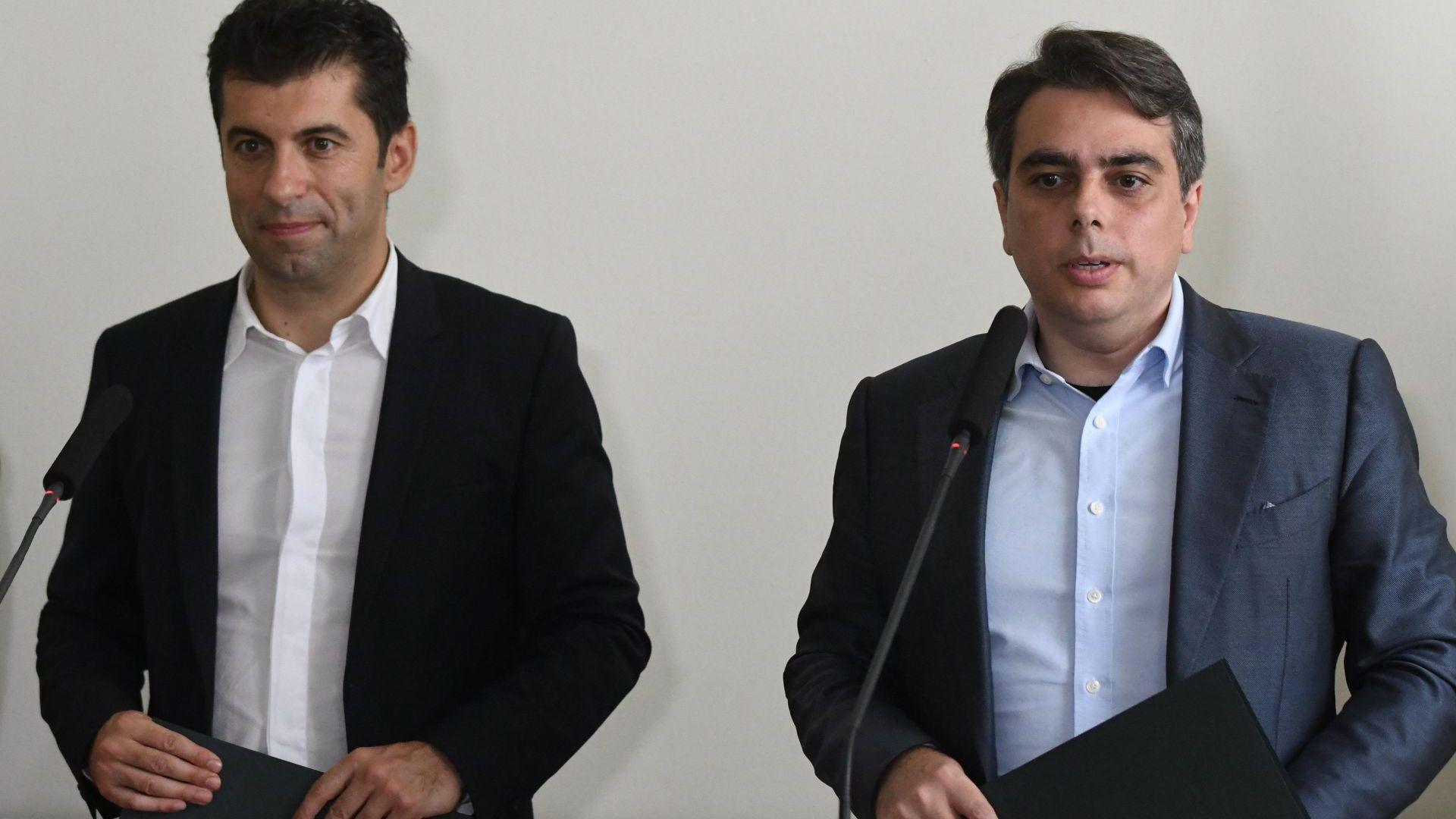 Проф. Галунов: Проектът на Асен Василев и Кирил Петков ще осигури депутати в следващото НС