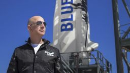 НАСА даде 26,5 милиона долара на космическата компания на Джеф Безос