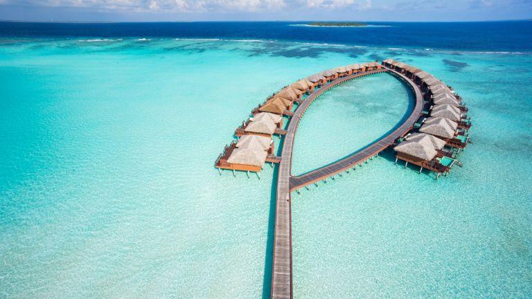 Малдивите въвеждат такса за излитащите от страната