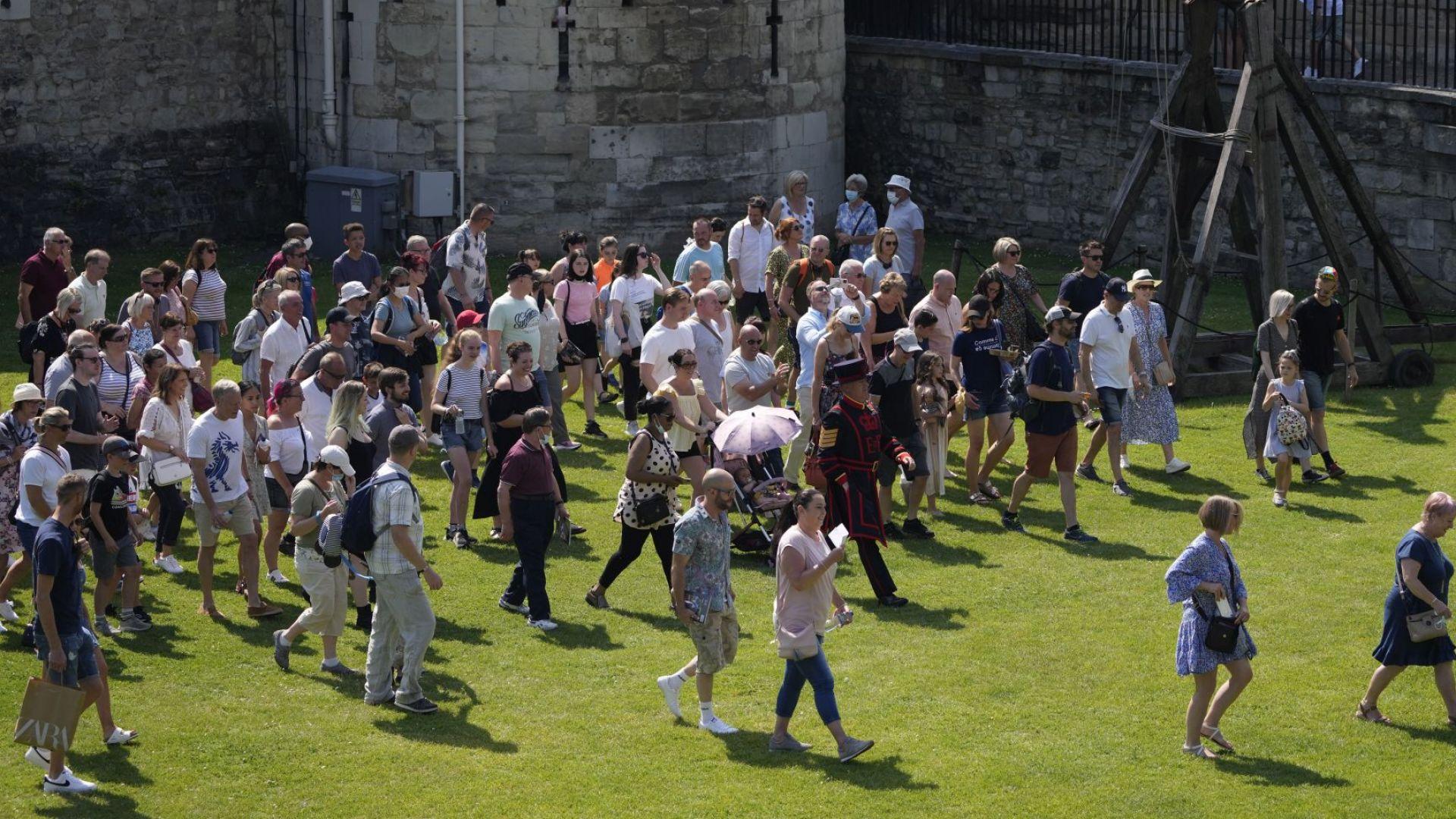 """""""Ден на свободата"""" или скок в неизвестното в Англия? (снимки)"""