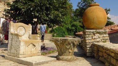 Неразказани истории: Мраморният трон на кралица Мария в Двореца в Балчик