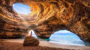 Спираща дъха Португалия: Плажът с пещера в Бенагил (снимки)