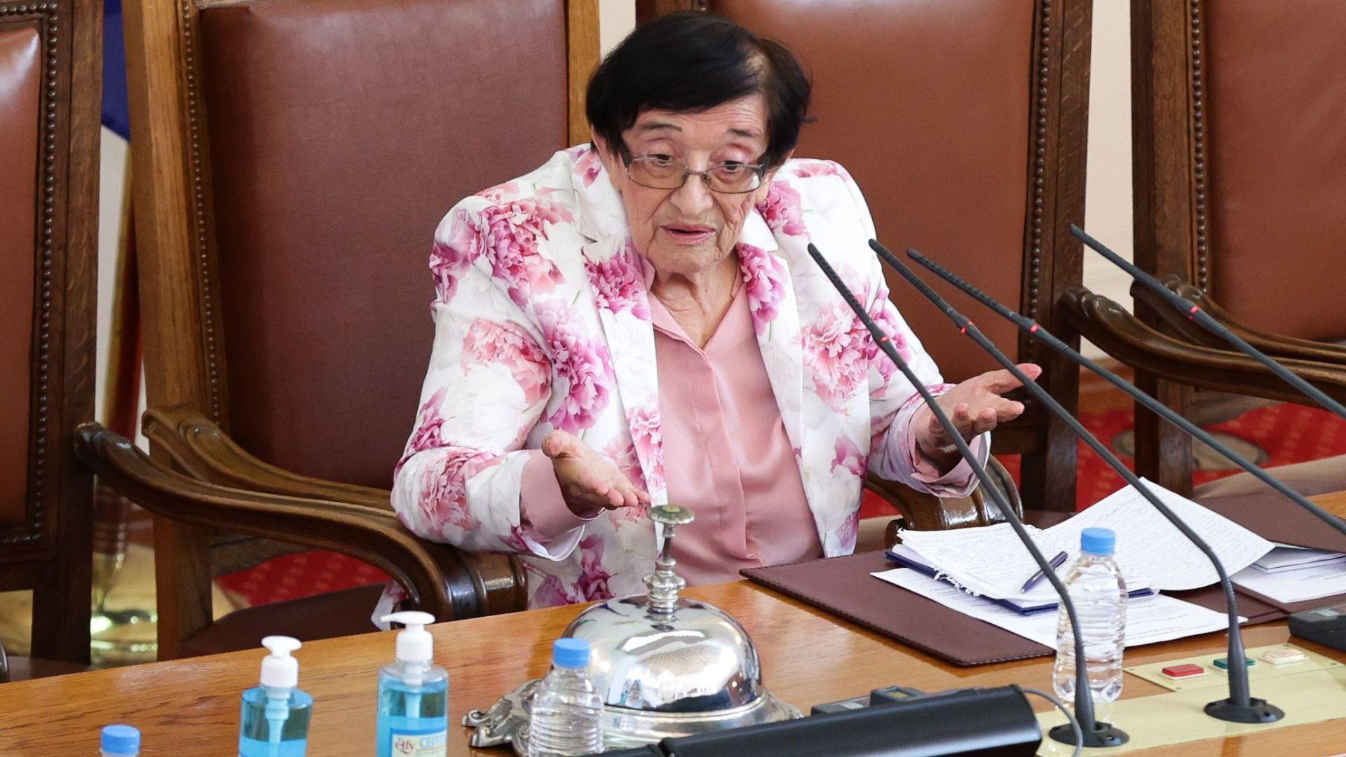 Мика Зайкова: Цените в България са спекулативни, обедняването е вече с 50%