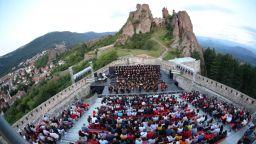"""""""Опера на върховете"""" очаква своята публика на Белоградчишките скали"""