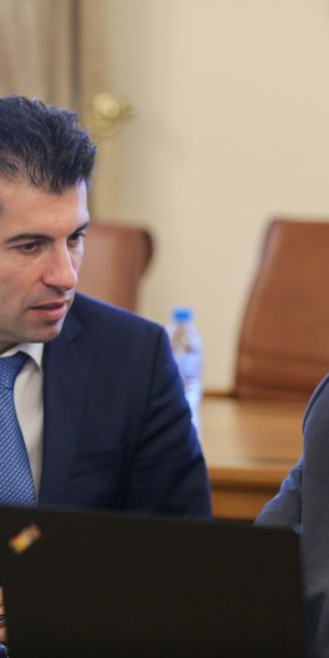 Кирил Петков в първото Фейсбук интервю за медии и граждани: Ако имах време, щях да закрия Държавната петролна компания