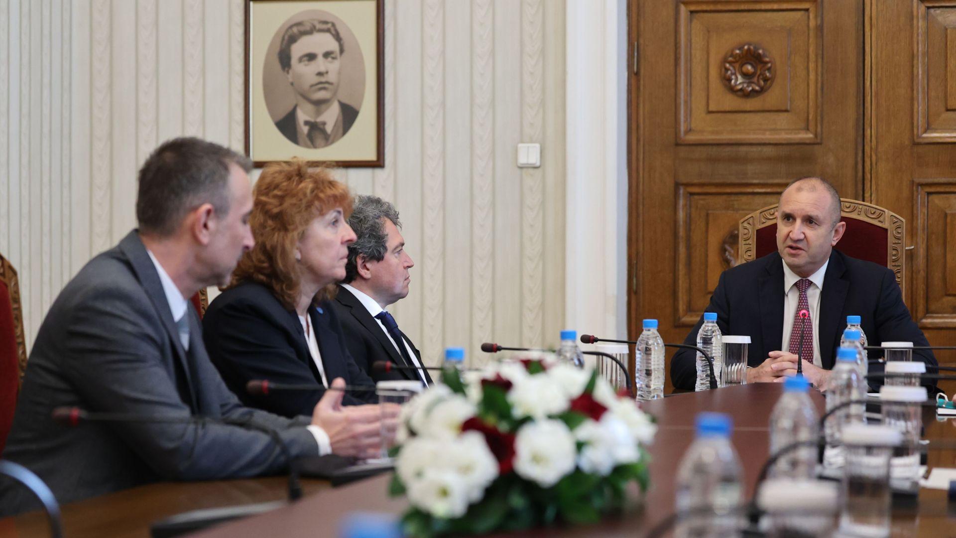 Президентството: Партиите да намерят формула за съставяне на редовен кабинет възможно най-скоро