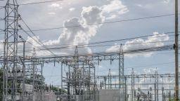 Цените на европейските електроенергийни борси спадаха и се повишаваха през миналата седмица