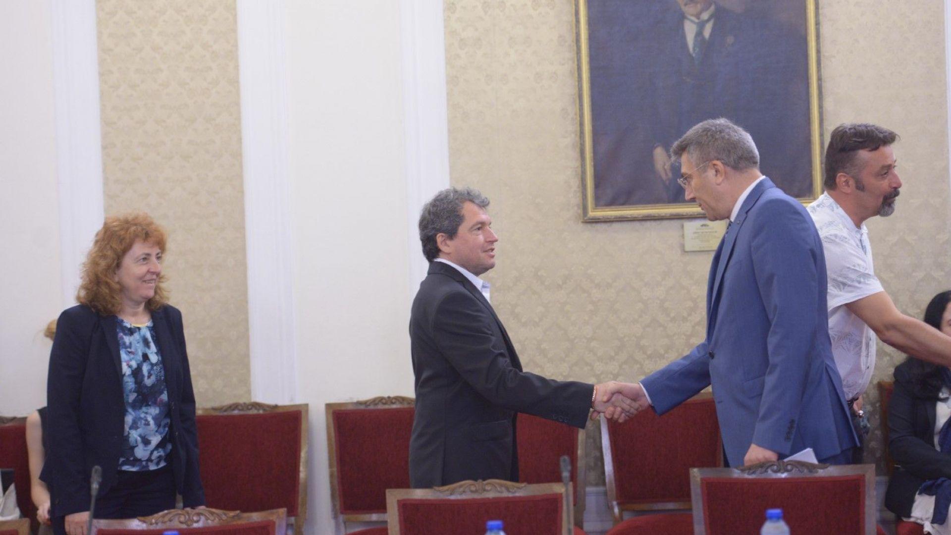Тошко Йорданов: Не сме търсили подкрепа от ДПС (видео)