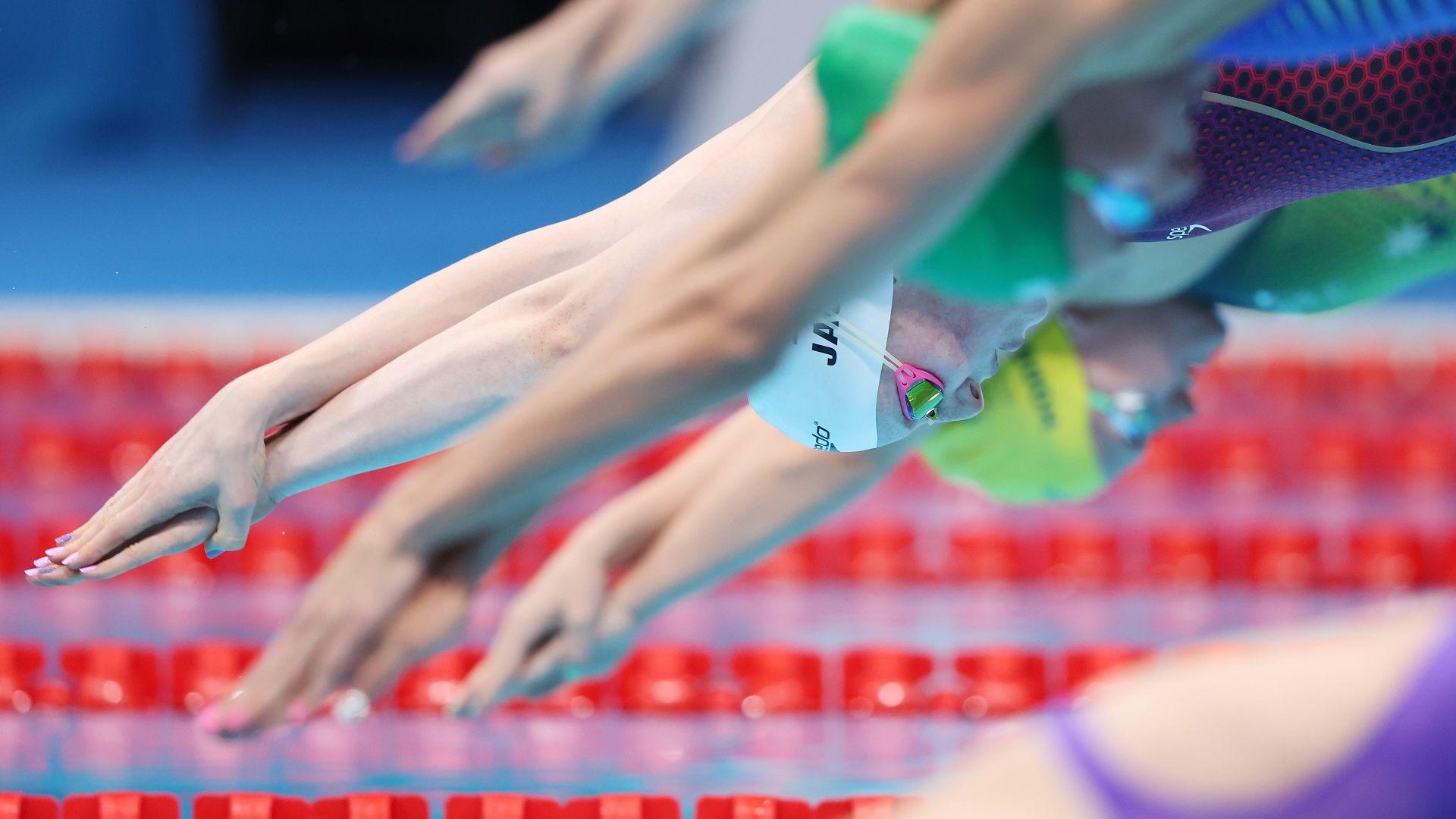 Двама от младите ни плувци отпаднаха в сериите, но не в силните им дисциплини