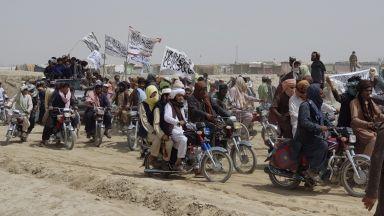 Американската армия подхвана талибаните с въздушни удари
