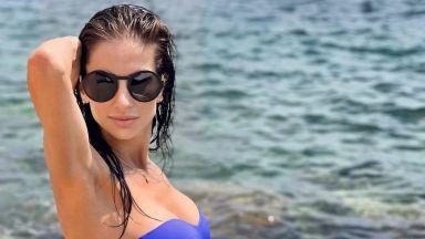 Симона Пейчева събра всички погледи на плажа с перфектната си фигура