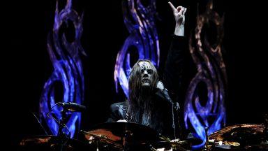 Бившият барабанист и съосновател на групата Slipknot Джоуи Джордисън почина на 46 години
