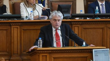 Рашков се закани още днес да даде доказателства за подслушвани протестиращи