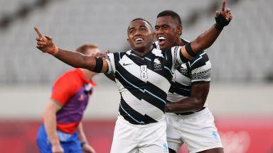 Колоритните типове от Фиджи го направиха отново и стъпиха на олимпийския връх