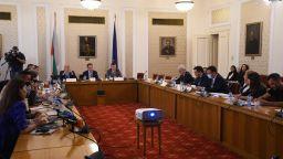 """ДПС за проверката за """"Росенец"""" в парламента: Поредната безсмислена комисия"""