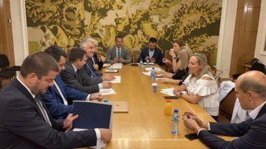 Експертните групи на ИТН и БСП за икономика и финанси:  Намираме много общи неща в програмите