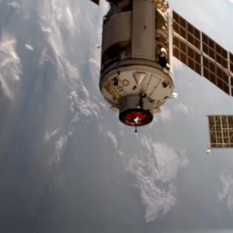 """Интеграцията на модула """"Наука"""" с МКС продължава въпреки инцидента"""