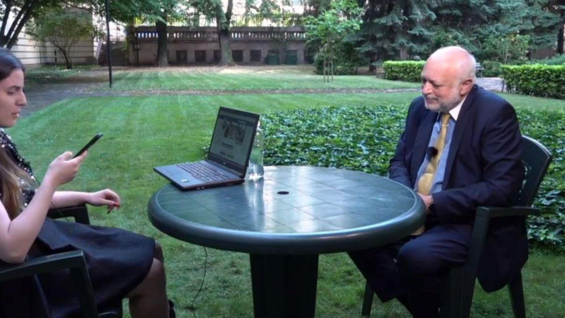 Гледахте на живо в Dir.bg: Велислав Минеков отговори на въпроси от социалните мрежи (видео)