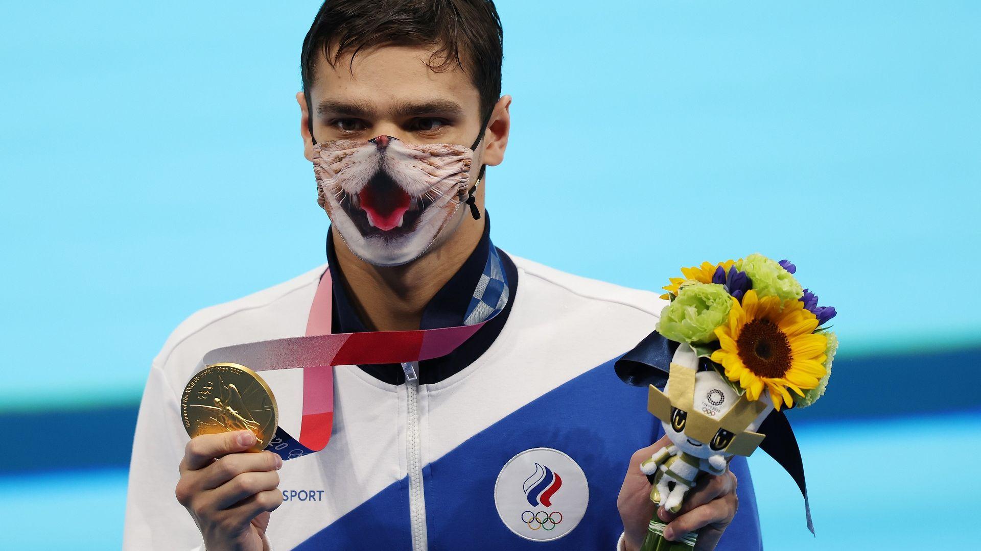 Руснак приключи американската доминация в плуването по гръб, обвиниха го, че е допингиран