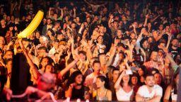 Хиляди излязоха от реалността в първата вечер на фестивала SUNLAND by EXIT