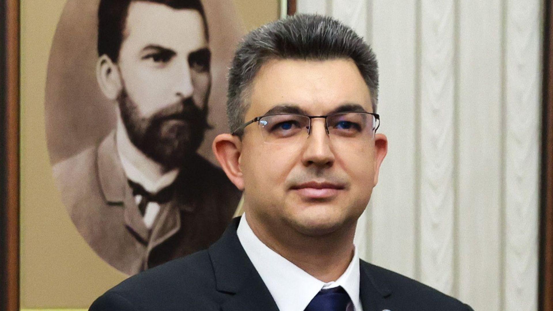 Кой е новият кандидат за премиер на ИТН