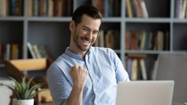 Топ 10 фактора да се чувстаме успешни на работното място