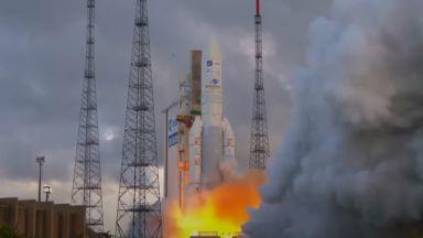 """""""Ариана 5"""" изведе в орбита първия спътник, който може да се препрограмира в орбита"""