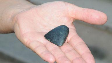 Каменна тесличка на 7 000 години е открита в морето край Ахтопол