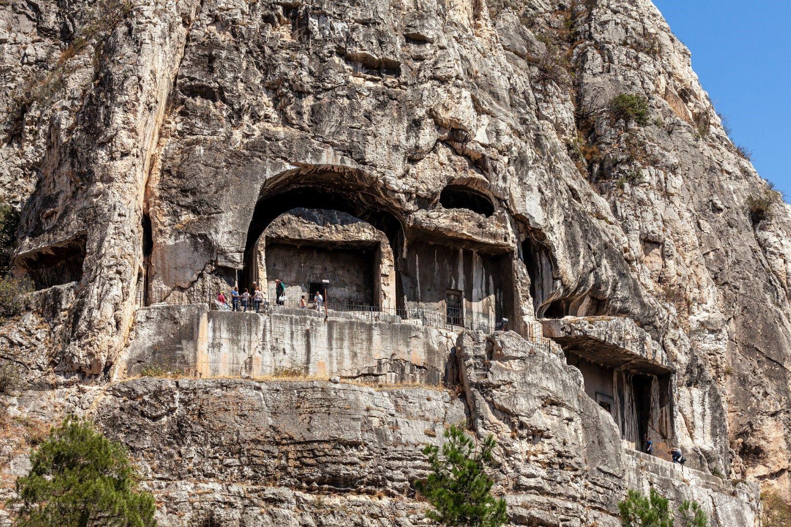 Гробниците на понтийските царе в Амася, Турция