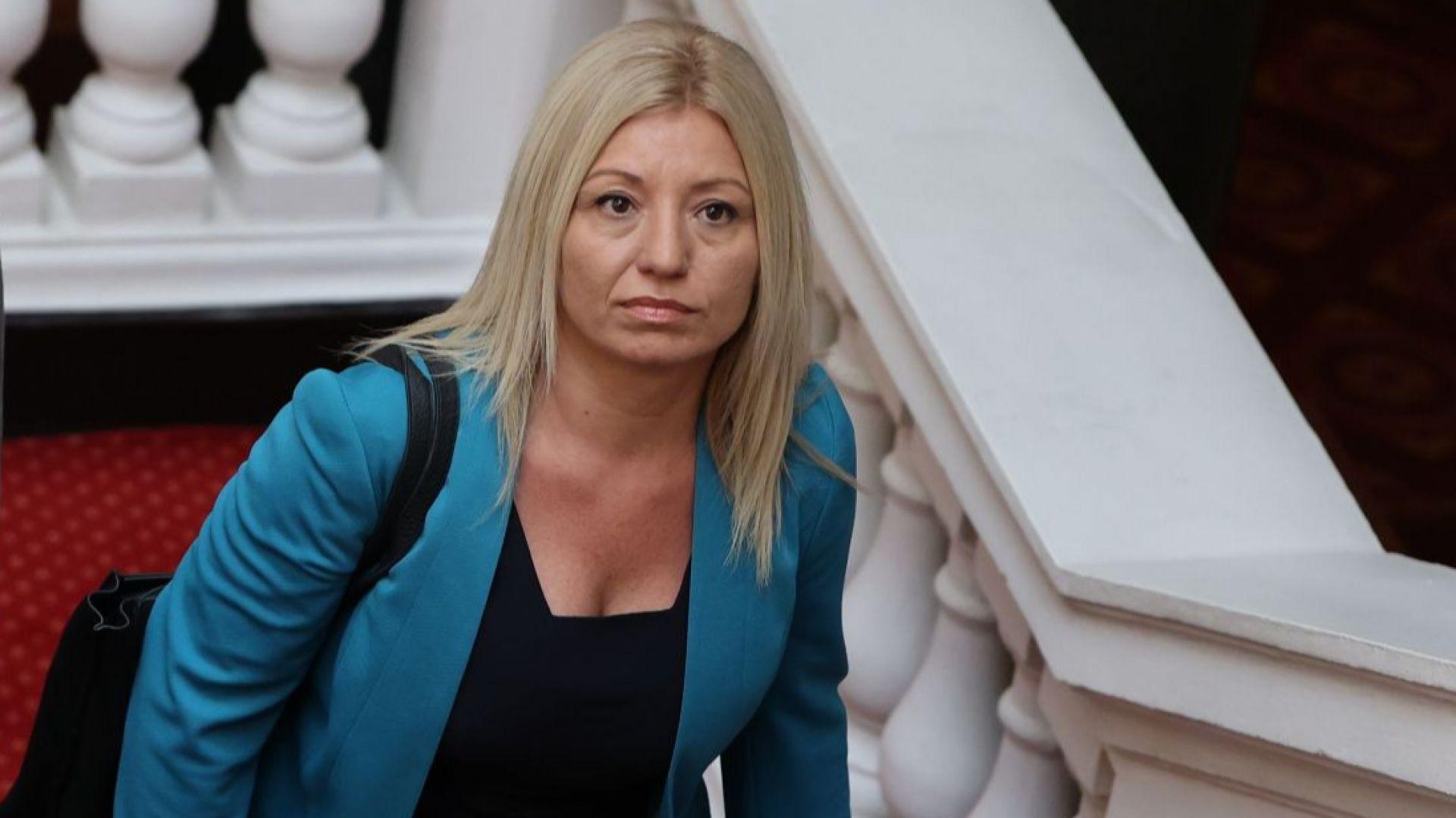 ДБ след срещата с ИТН: Отсъствието на Иванов не е бойкот, но шансовете за подкрепа са не повече от 50% (видео)
