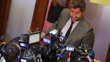 Христо Иванов отговори защо не отиде на срещата с ИТН: Не участваме в инсценировки (видео)