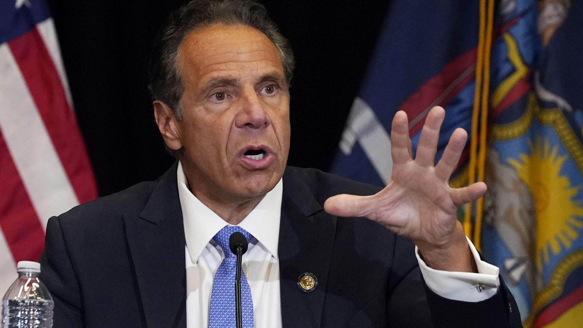 Разследване уличи губернатора на Ню Йорк в сексуален тормоз на много жени