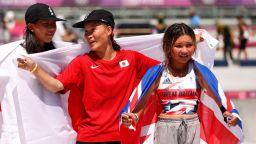 """Олимпийски финал или """"Бързи, смели, сръчни""""? 12 и 13-годишна взеха медали в Токио"""