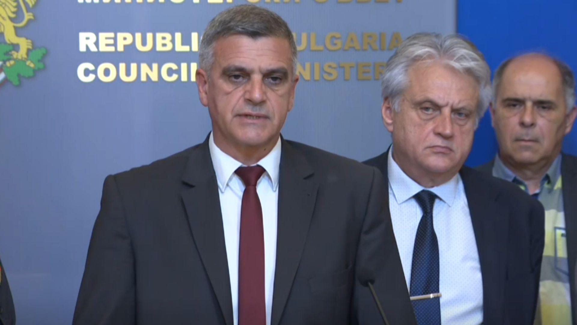 Премиерът обяви нови мерки за борба с пожарите (видео)