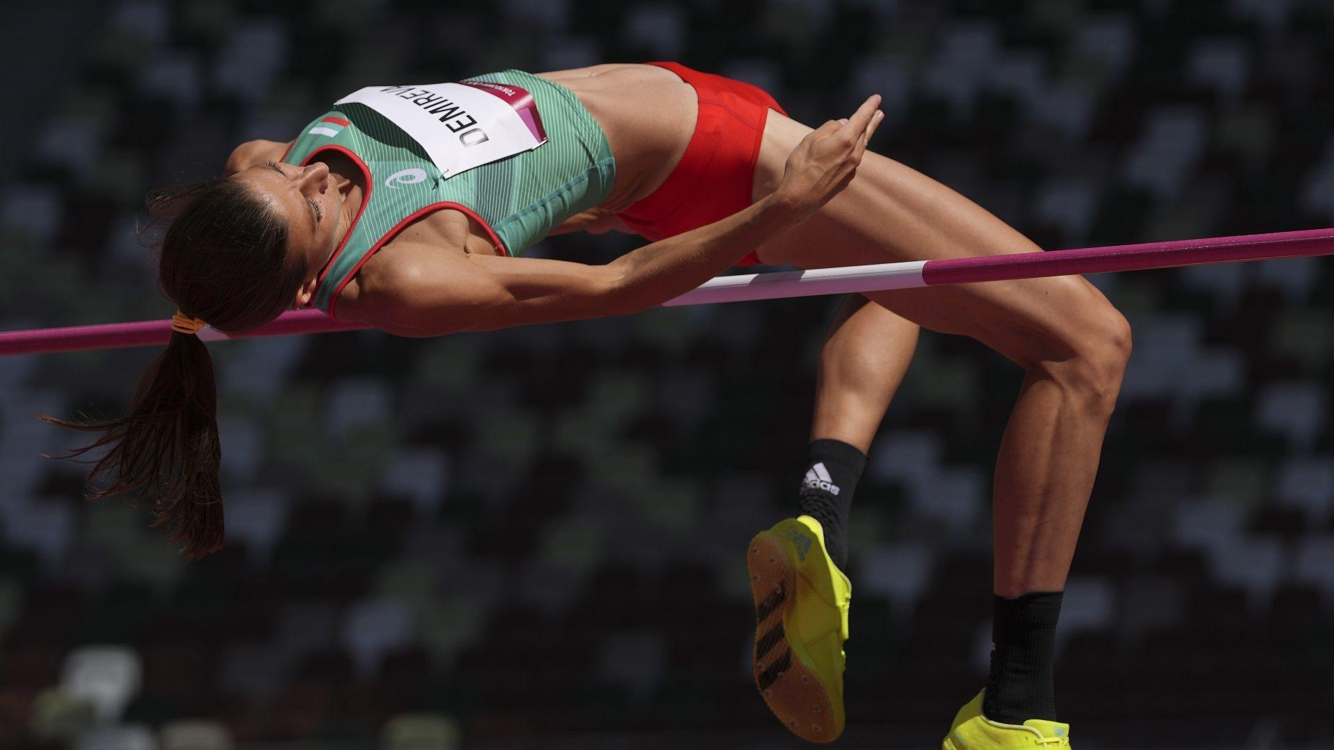 С последния си опит Мирела Демирева полетя към олимпийския финал