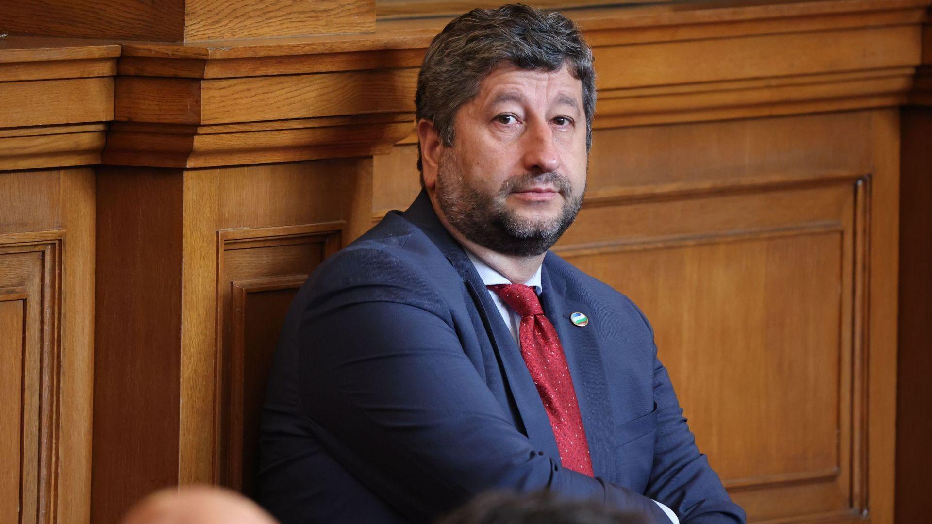 Христо Иванов предлага предизборна коалиция на партията на Кирил Петков