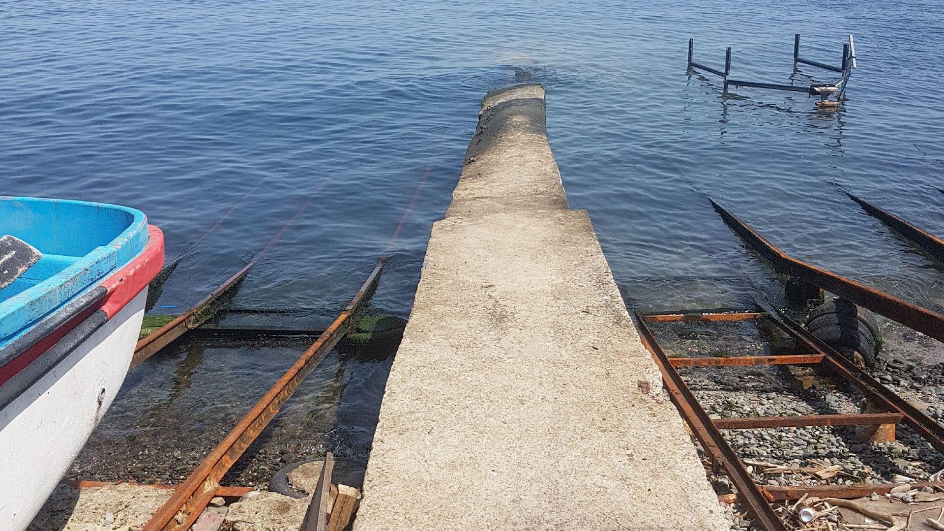 """Отходни води на Синеморец се изливат в залива """"Свети Яни"""""""