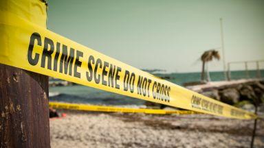 Откриха възрастен плувец мъртъв на плажа в Царево с дълбоки рани по главата и тялото