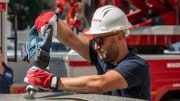 Бош Електроинструменти се включиха в демонстрация с екипи на Столичната пожарна