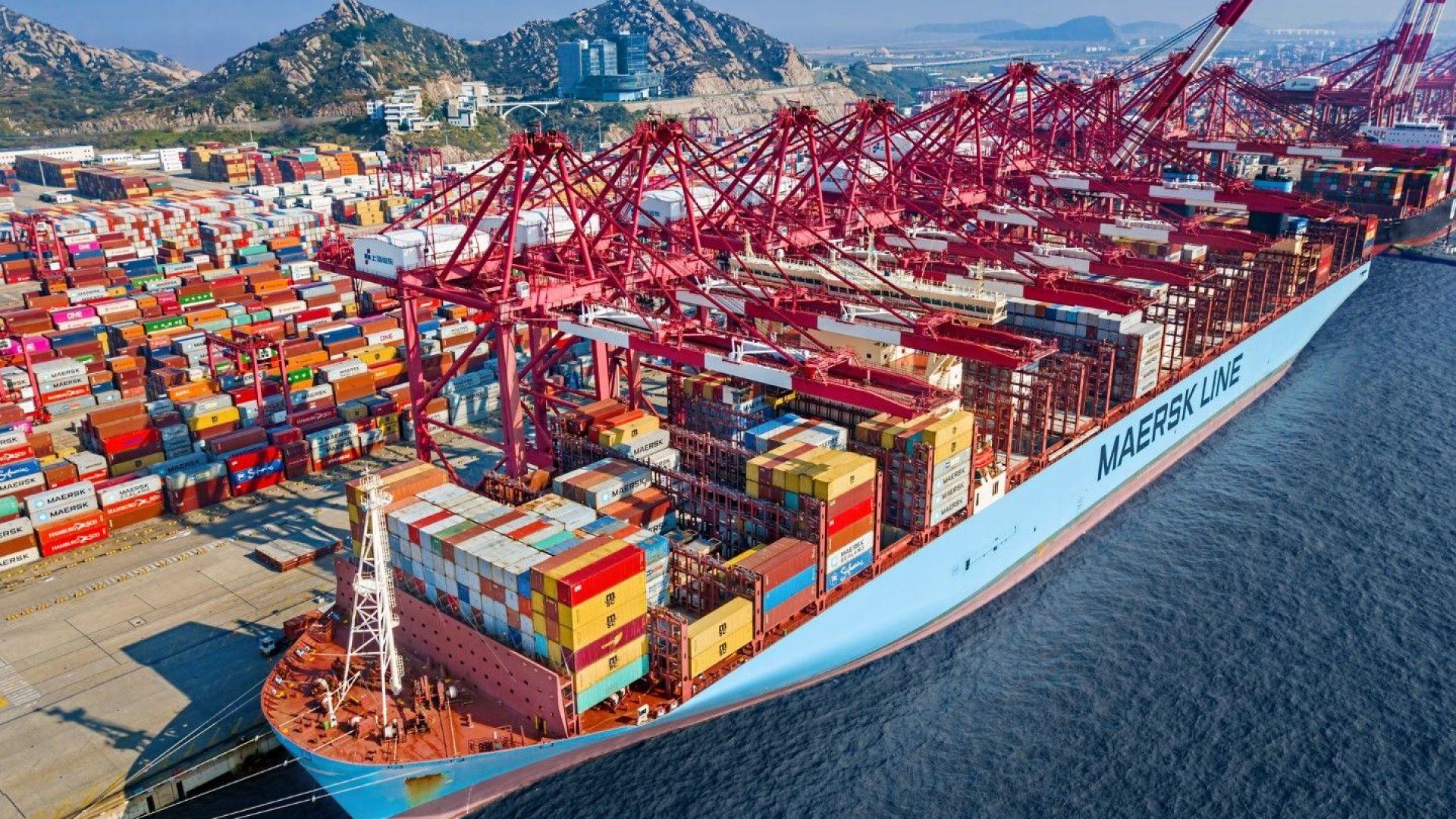Напук на задръстванията гигантът на контейнерните превози вдигна с 200% печалбата