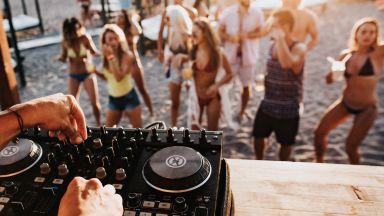 Остров Ибиса наема частни детективи, за да откриват нелегални партита