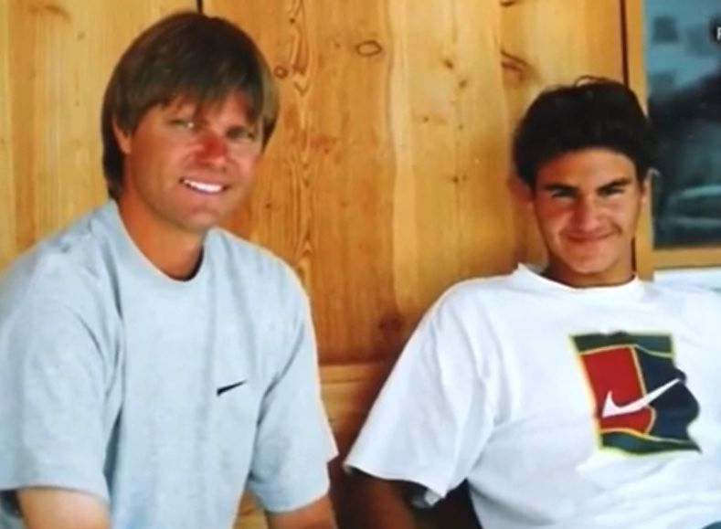 Роджър Федерер и треньорът му Питър Картър