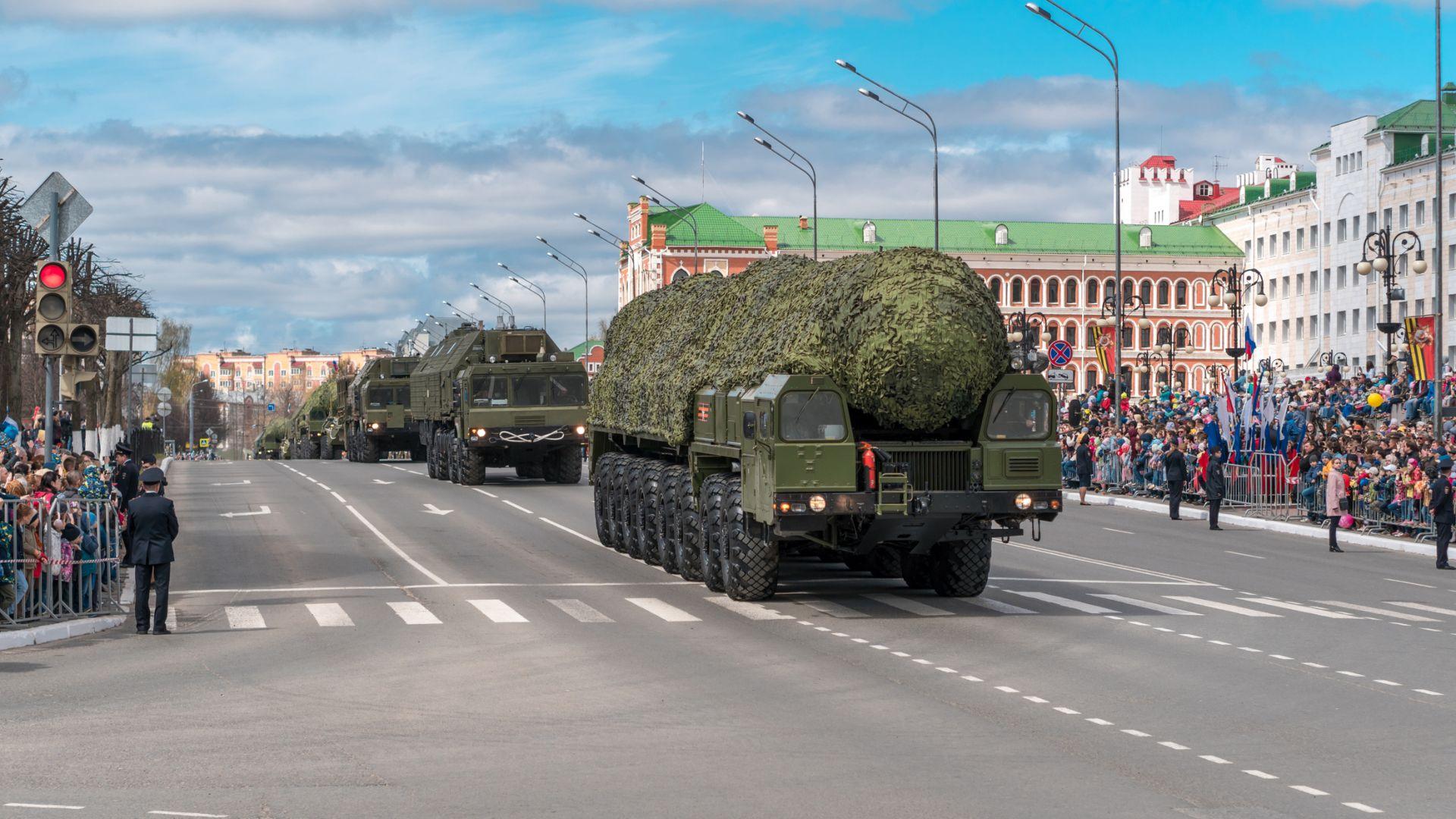 """Русия пенсионира междуконтиненталната балистична ракета """"Топол"""""""