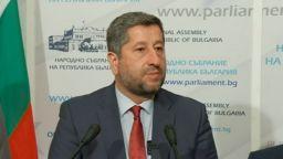 Христо Иванов обвини ГЕРБ в саботаж на регистрацията на ДБ за изборите, те отрекоха